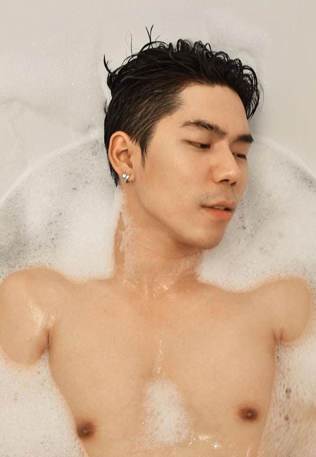 fame bath